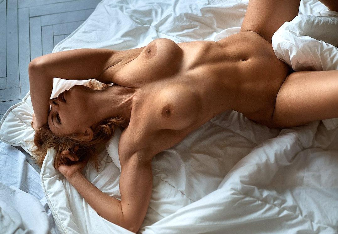Соблазн голых женщин — pic 14